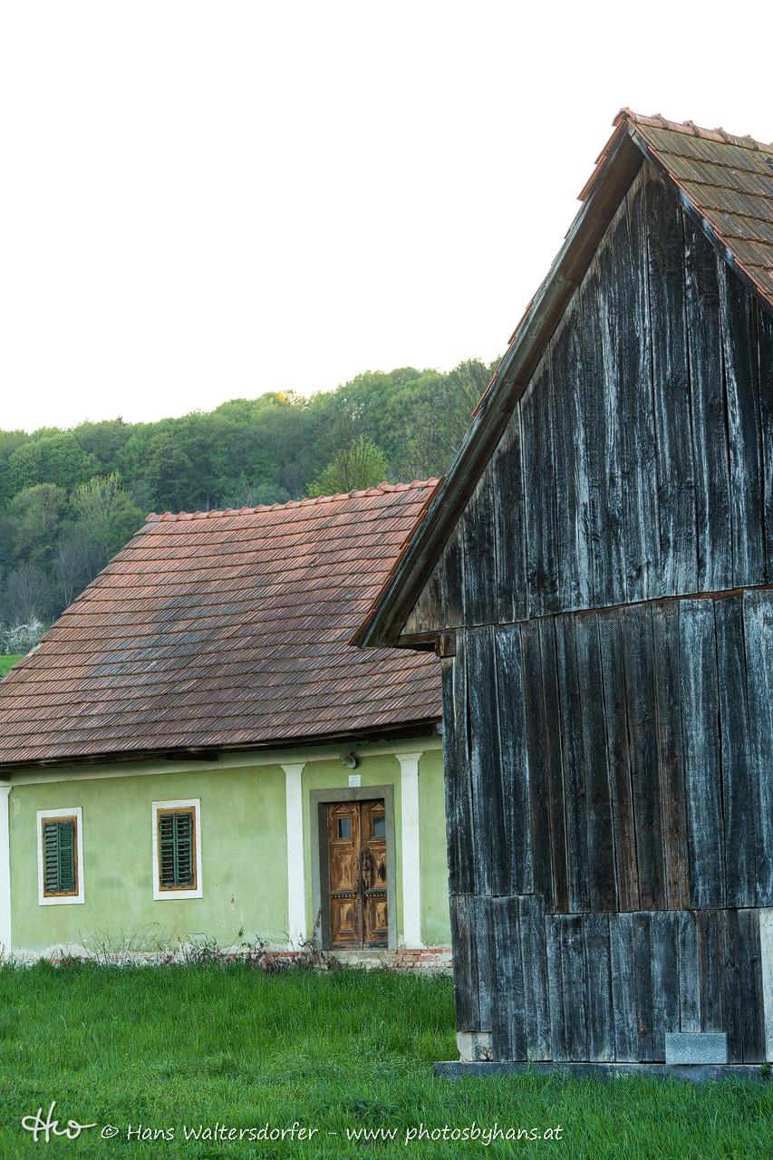 altes Haus in Oberkarla