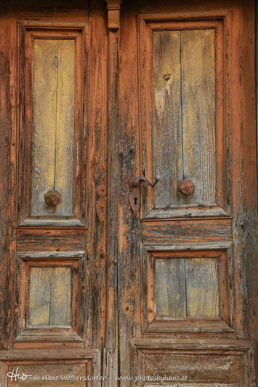 alte Tür in Waltra